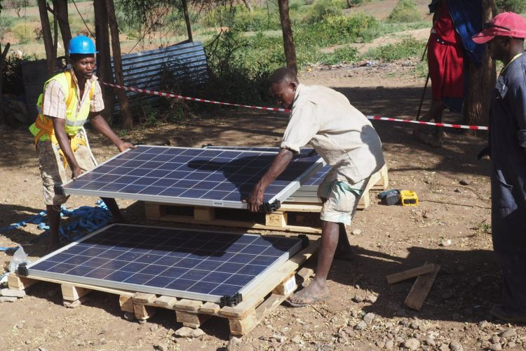 pay on the go off grid solar in Africa